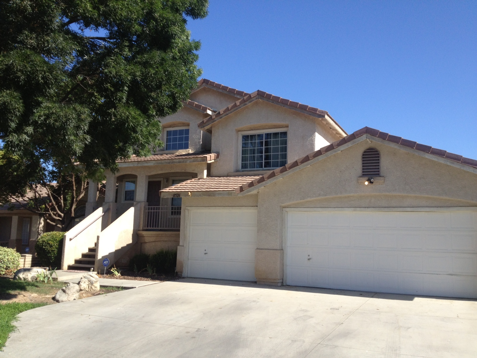 $1495 – 11526 Wrangler Dr., Bakersfield, CA 93312 RENTED northwest house