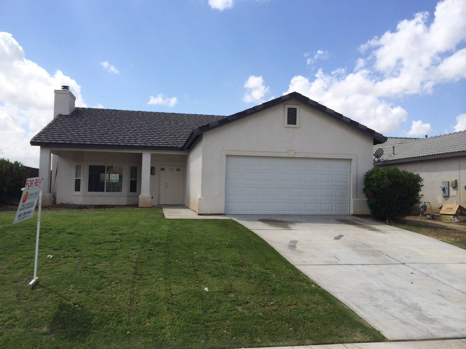 $1150 – 9635 Brillo Dr., Bakersfield, CA 93306 northeast home for rent
