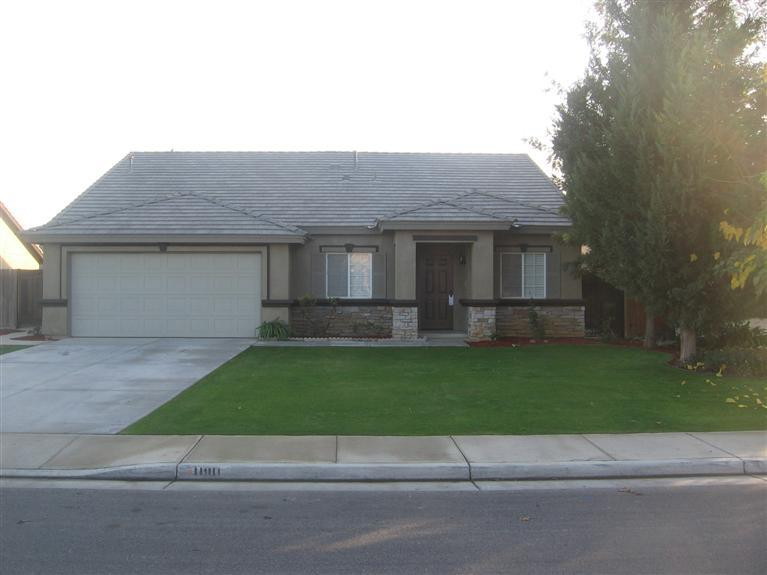 $1495-11911 Aurora Valley Dr., Bakersfield, CA 93312 – Rented Northwest Home!