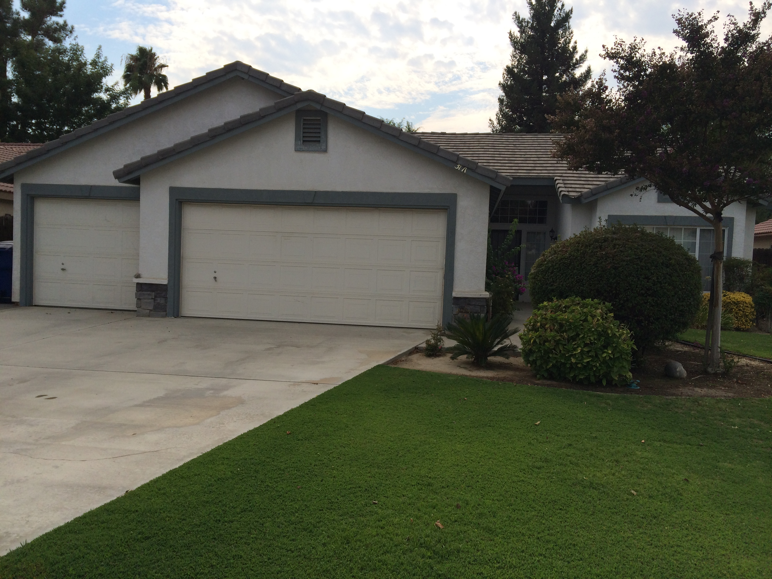 3711 Rancho Santa Fe St., Bakersfield, CA 93311 rented southwest home