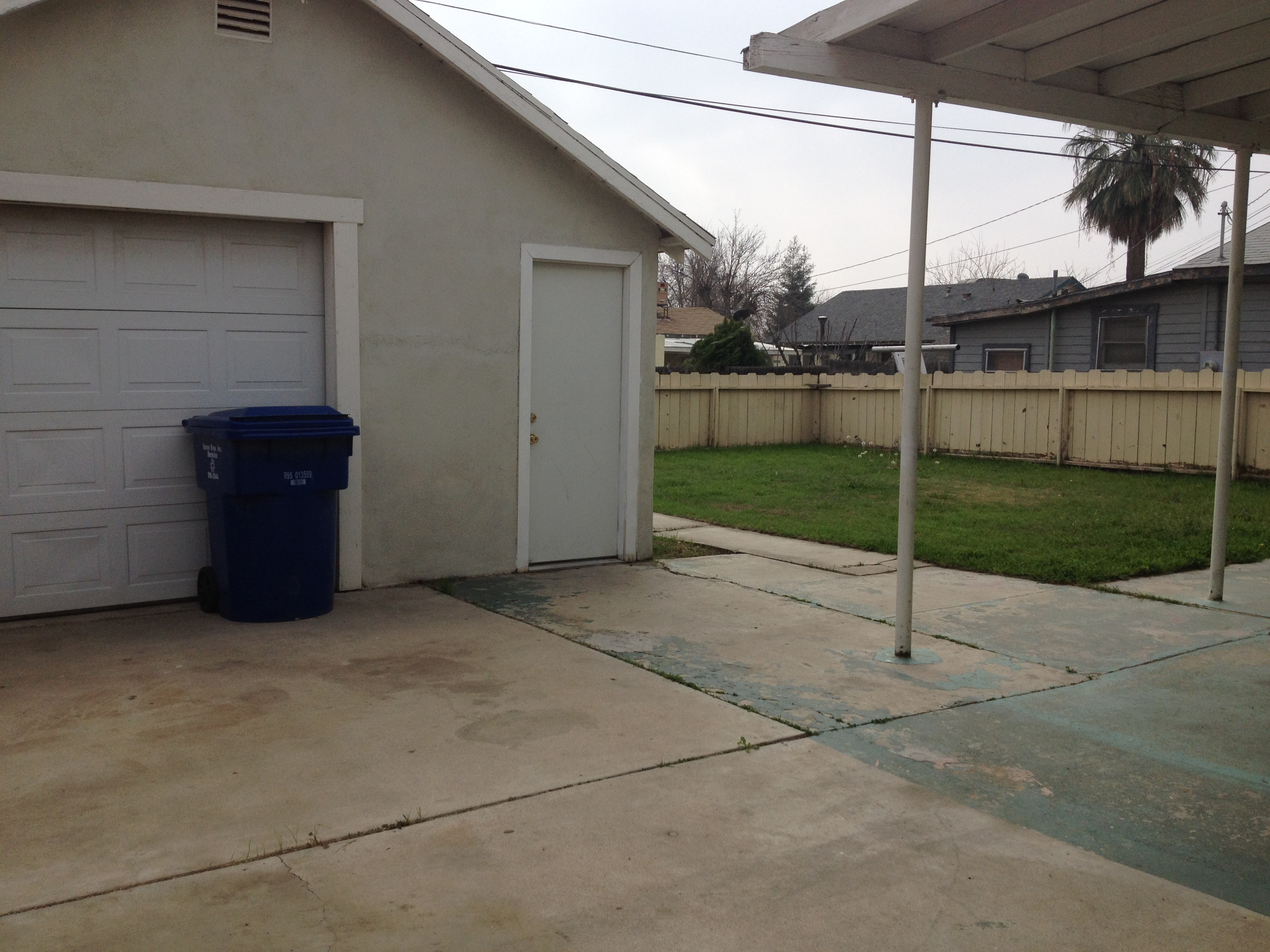 $795 - 403 minner ave., bakersfield, ca 93308 rented oildale house