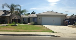 $1495 – 3630 Azure Dr., Bakersfield, CA 93312 rented northwest home