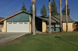 $1195-4500 Trumbull Dr. Bakersfield, CA 93311 Southwest Home For Rent!