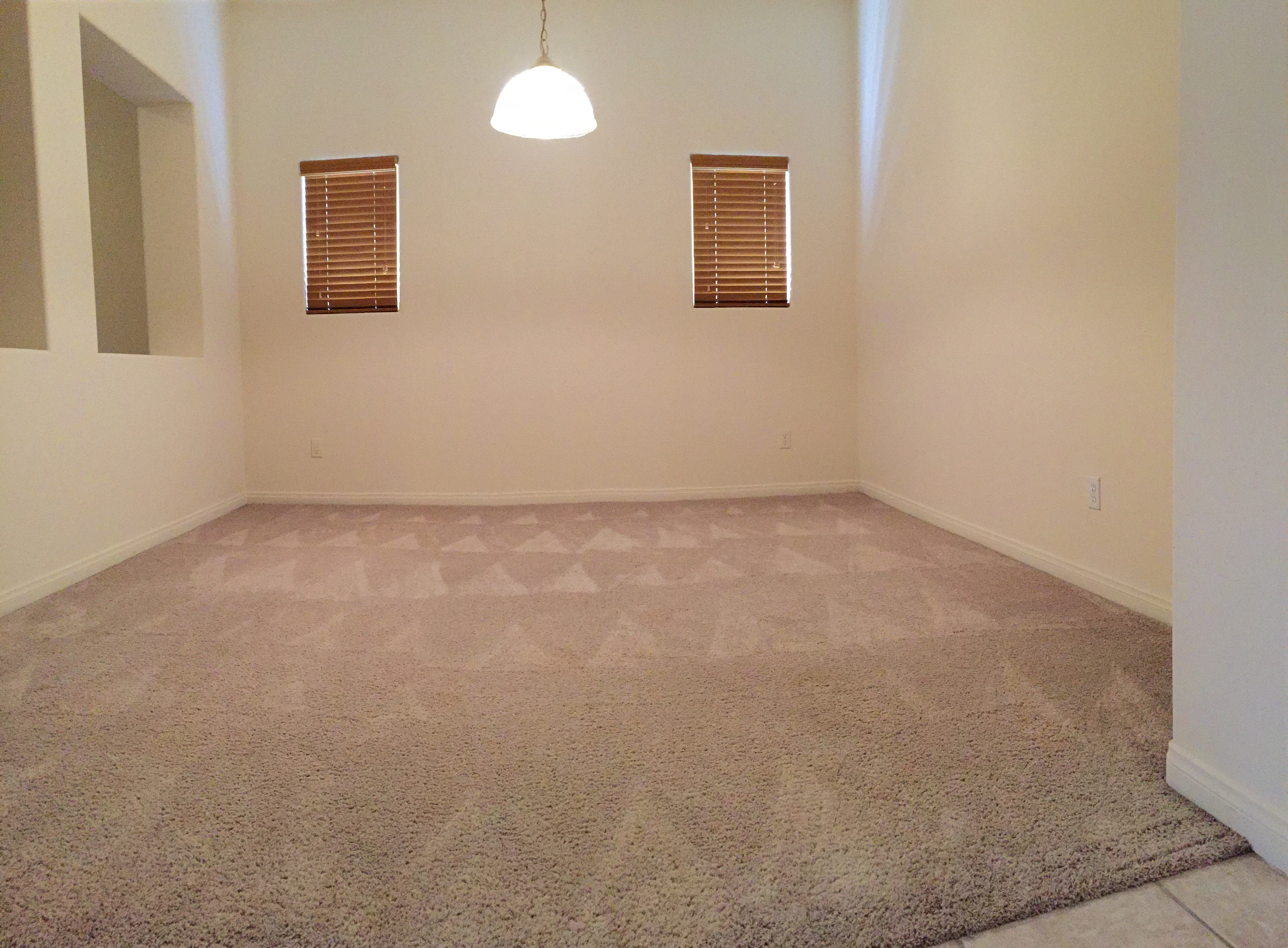 2095 10402 Loughton Ave Bakersfield CA 93311 Rented Southwest Home