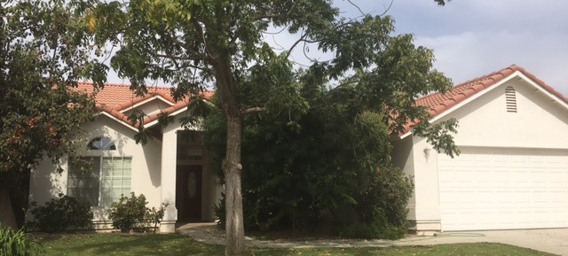 $1595-14424 Kathleen Ave. Bakersfield, CA 93314 northwest home for rent