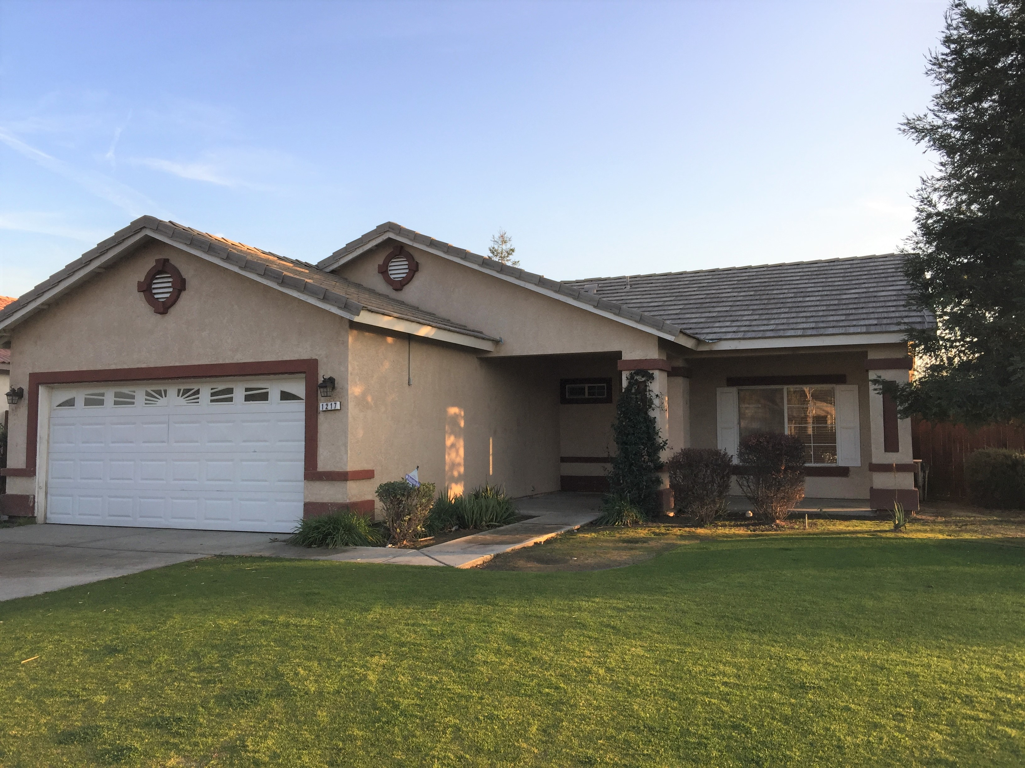 1300 1217 Bachelor St Bakersfield Ca 93307 Home Has