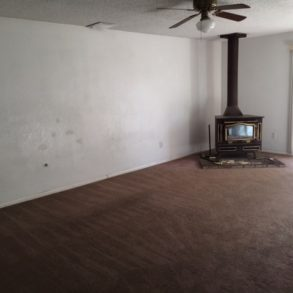 $1095-4509 Napal Ct., Bakersfield, CA 93307 south bakersfield home rented